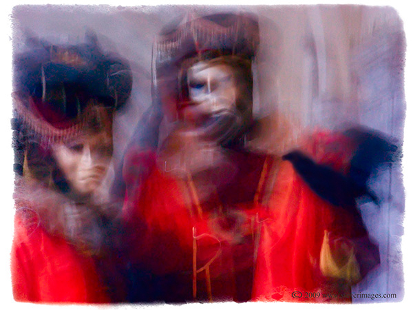 Venice, Venice Carnival, Raven, red and black., photo