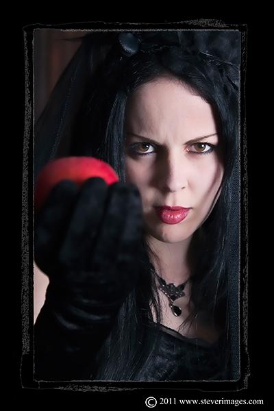 Apple, Temptation, Dracula's Bride