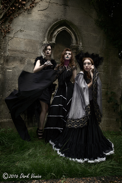 gothic models, Kensal Green cemetery, photo