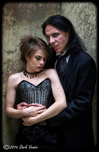 gothic models , Dracula, Kensal green cemetery, photo
