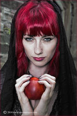 Red apple, woman with red apple, red hair