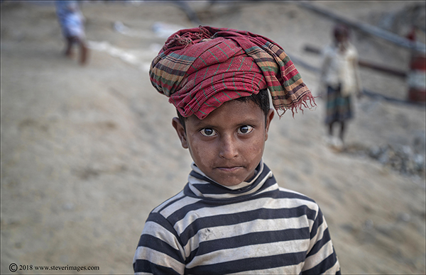 child portrait, stone quarry, Bangladesh