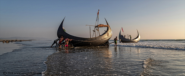 Boat launching Bangladesh