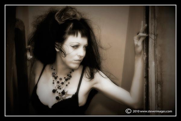 Ameila, Perch shoot, portrait women, photo