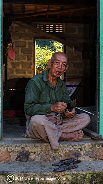 Old Man, Burma village, photo