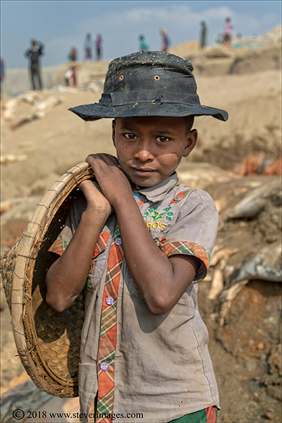 Child portrait, stone quarry, Bangladesh, photo