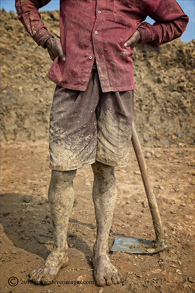 Brick factory worker, Bangladesh, photo