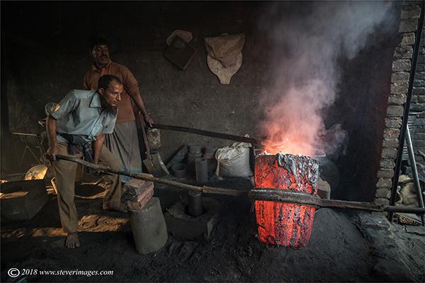 Furnace, men at work, Bangladesh, photo