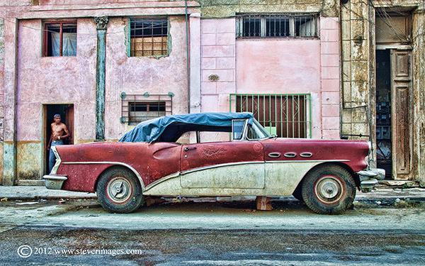 This image won aSilver medal at the Portrait 2013 International- Paracin Salon, free colour section