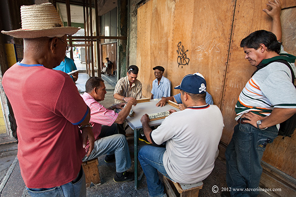 Street game, Havana, Cuba, Image of street Game