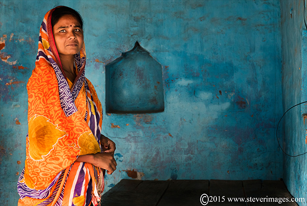 Portrait, Indian woman, Sonepur Mela, India, photo