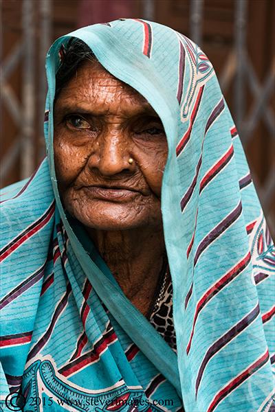 Portrait, Indian women, Varanasi India, photo