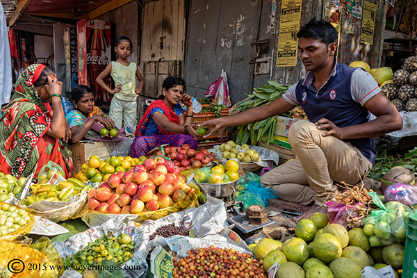Market, food, buying, Varanasi, India, photo