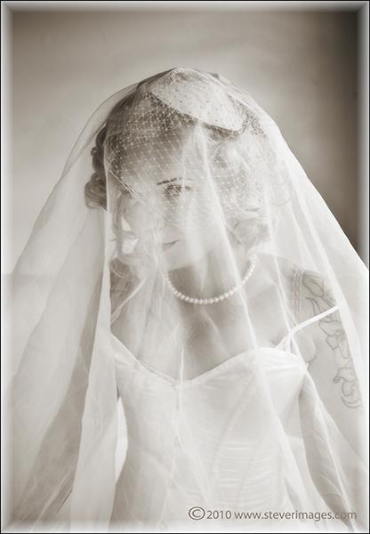 Jilted, wedding dress, Emma