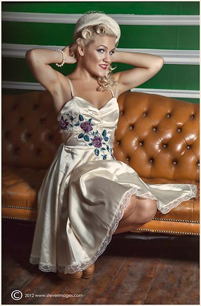 Kitty, Vintage model, Roost london, photo