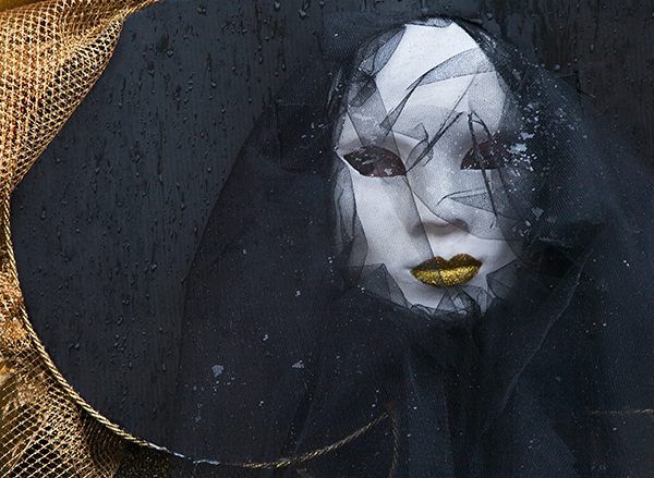 Venice Carnival, black and gold, wet, damp, Venice, photo